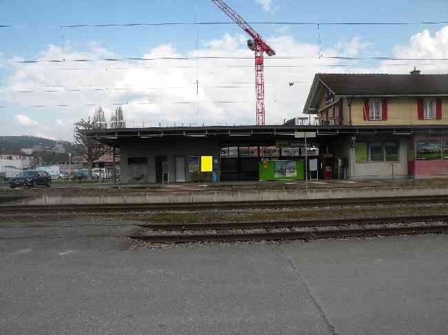 18 Bahnhof Gleisseitig R