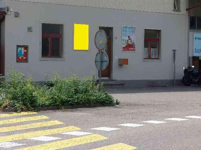 384 Bahnhof Geleiseseite