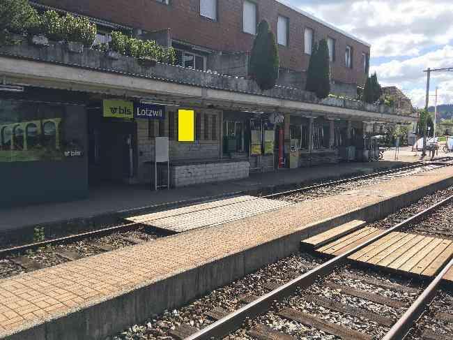 584 Bahnhof Gleis 1 R