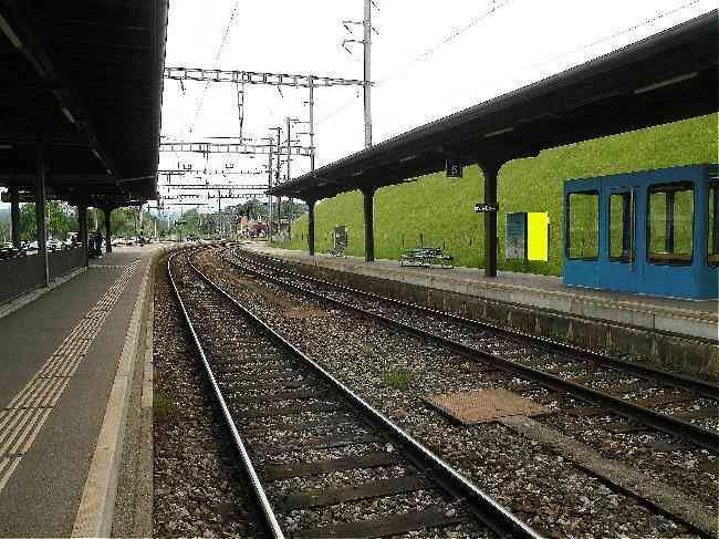 128 Bahnhof Geleisseite R