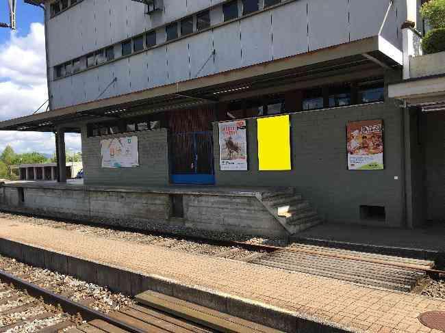 582 Bahnhof Gleis 1 R