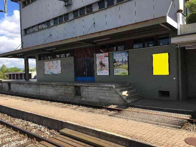 583 Bahnhof Gleis 1 L