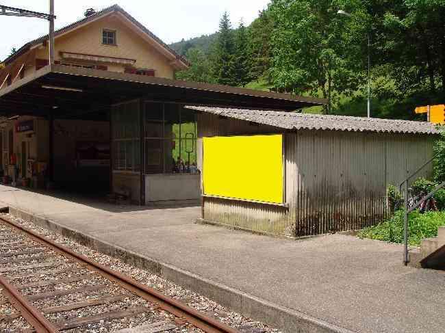 594 Bahnhof Geleisseite Velo