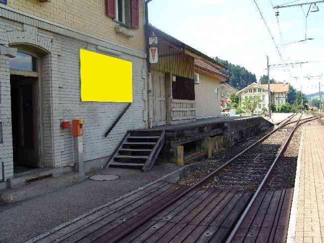 125 Bahnhof Geleisseite