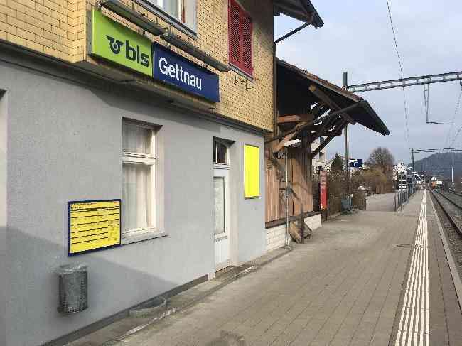 521 Bahnhof Geleisseite