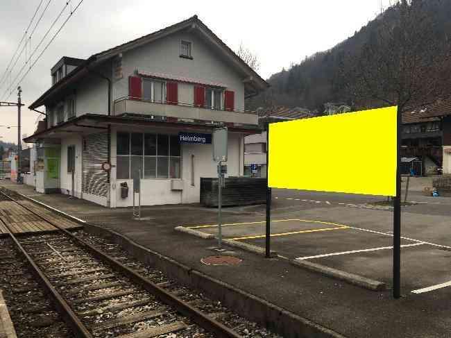 62 Bahnhof Geleisseite
