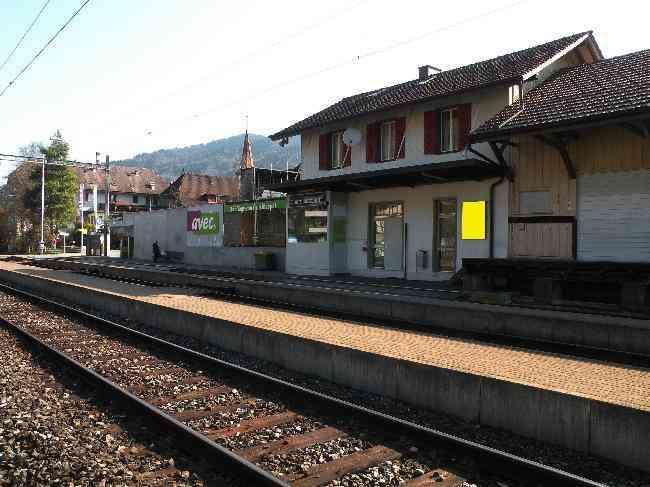 74 Bahnhof Geleisseite