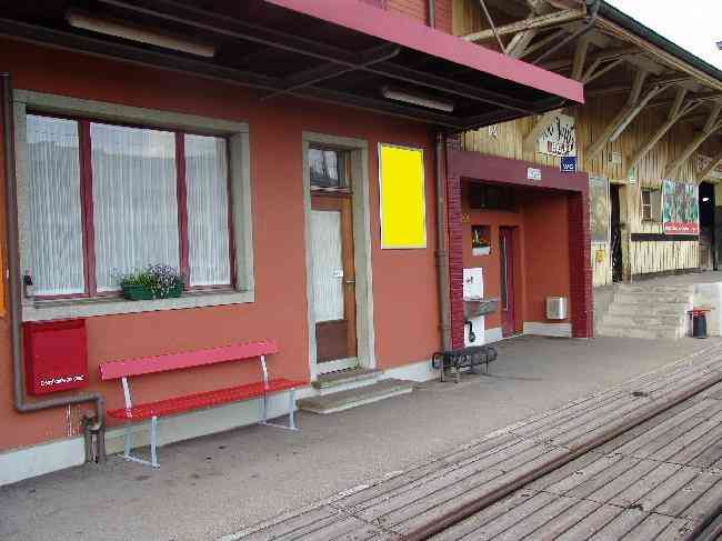 99 Bahnhof Geleisseite
