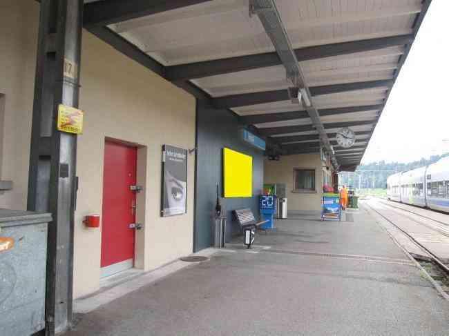 457 Bahnhof Gleis 1