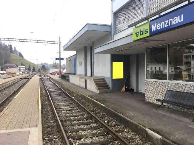 534 Bahnhof Gleis 1
