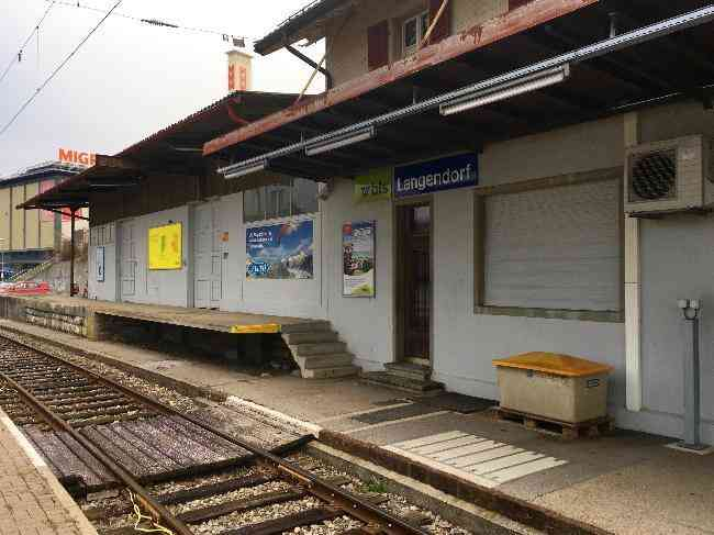 386 Bahnhof Gleisseite
