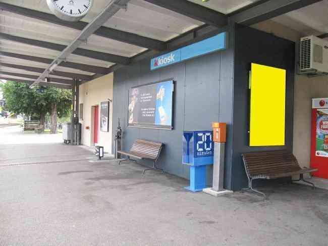 451 Bahnhof Halle Kiosk
