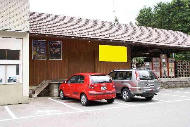 403 Bahnhof Parkplatz