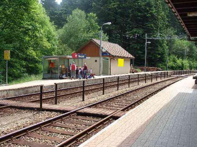 404 Bahnhof Perron 1