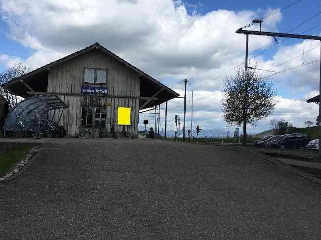 566 Bahnhof Schopf Rampe