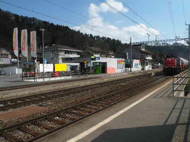 66 Bahnhof Treppe Geleisseite R