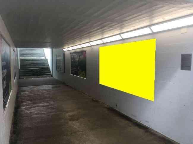 632 Bahnhof Unterfuhrung Perron
