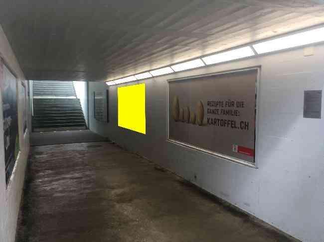 633 Bahnhof Unterfuhrung Perron