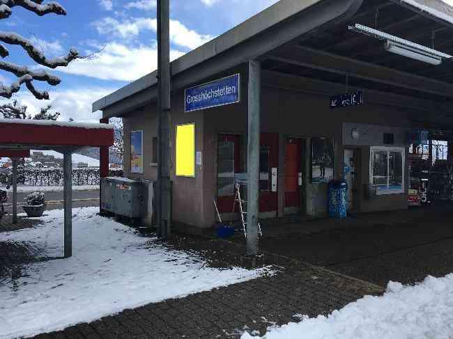92 Bahnhof Velo Zufahrt Fussganger
