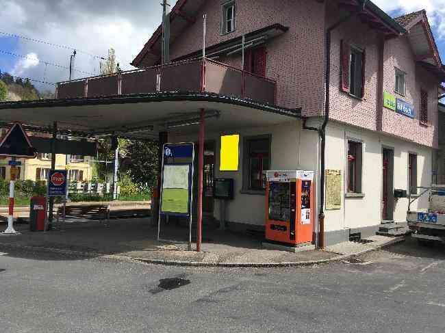 561 Bahnhofstrasse 275 Infotafel