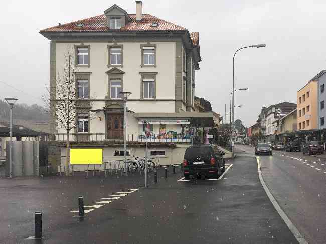 503 Bahnhofstrasse 42