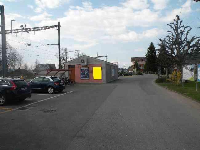 20 Bahnhofstrasse 80
