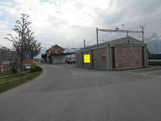 21 Bahnhofstrasse 80 Zufahrt Trafostation