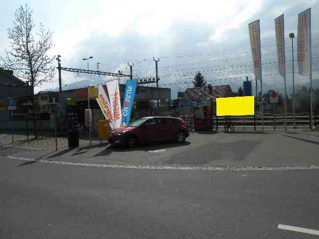 64 Bahnhofstrasse