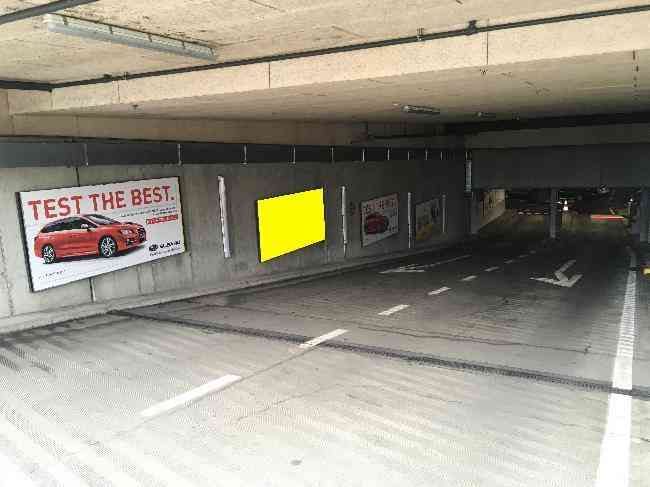 607 002 Bernexpo Parking Ausfahrt