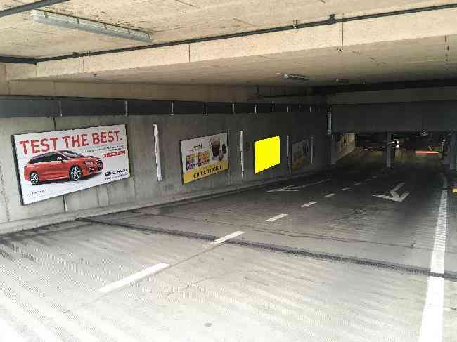 608 003 Bernexpo Parking Ausfahrt