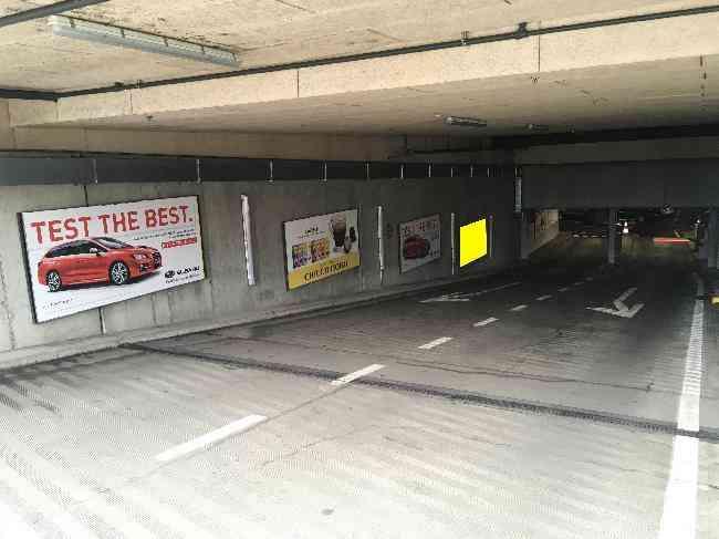609 004 Bernexpo Parking Ausfahrt