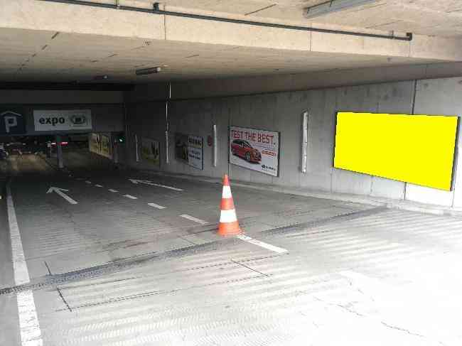 611 006 Bernexpo Parking Einfahrt