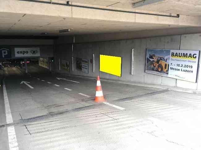 612 007 Bernexpo Parking Einfahrt