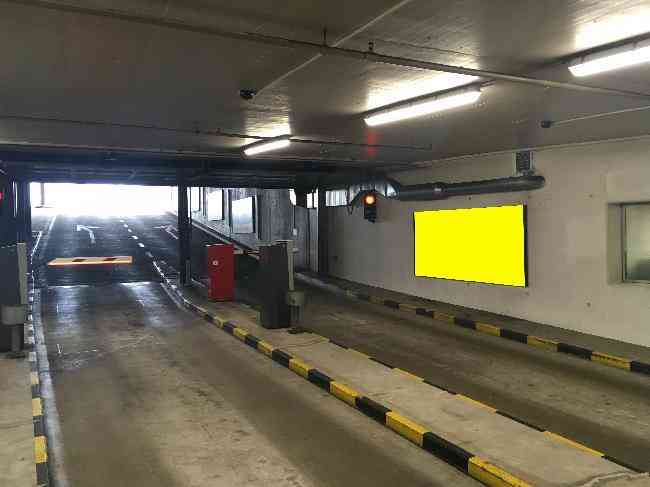 610 005 Bernexpo Parking Schranke Ausfahrt