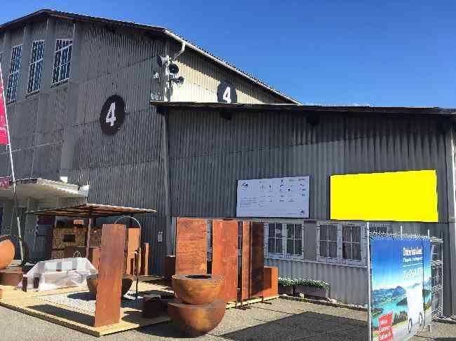 648 Bernexpo Fussganger Parkplatz Festhalle