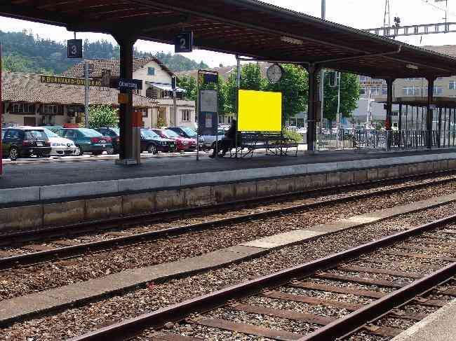 152 Gleis 2 Richtung Langnau Bahnhofstrasse 3