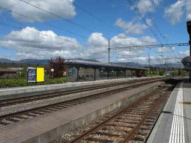 232 Gleis 3 R Bahnhof