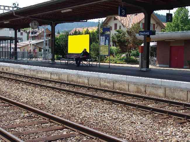 153 Gleis 3 Richtung Langnau Bahnhofstrasse 3