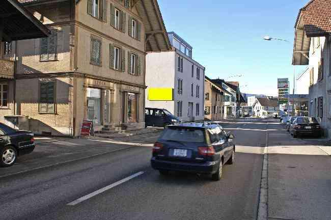 858 Hinterdorfstrasse 8