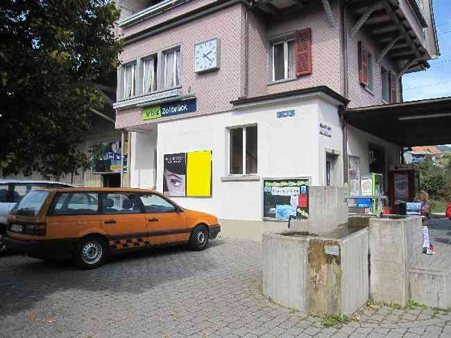 435 R Bahnhofplatz 3