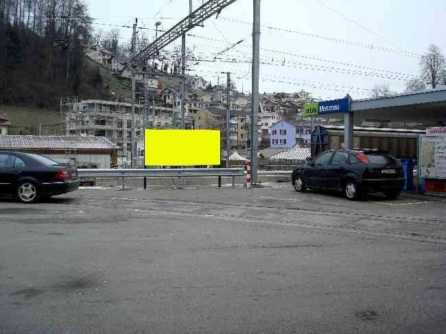 538 Strasse Bahnhof Parkplatz