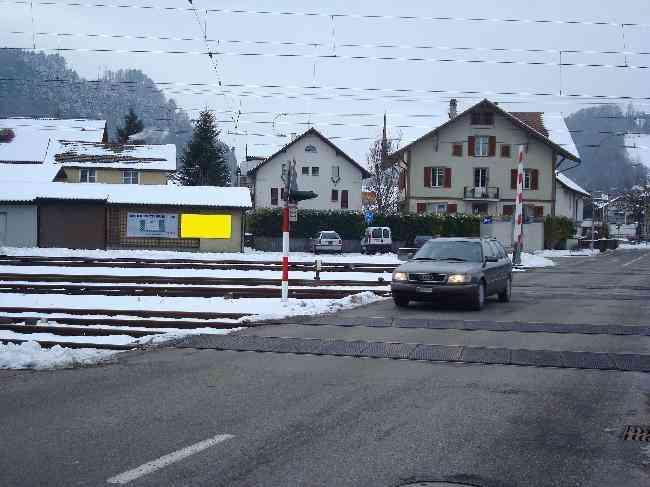 158 Strasse Bahnhofstr  Bahnubergang Rechts