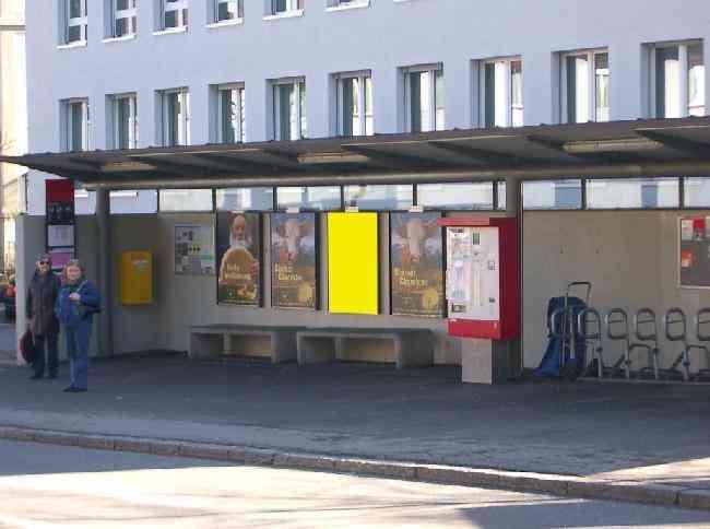 481 Strasse Bushaltestelle Steinholzli Kirchstr 52