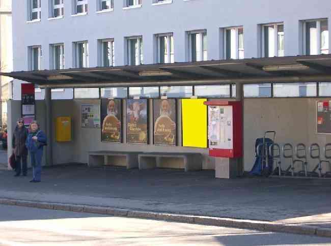 482 Strasse Bushaltestelle Steinholzli Kirchstr 52
