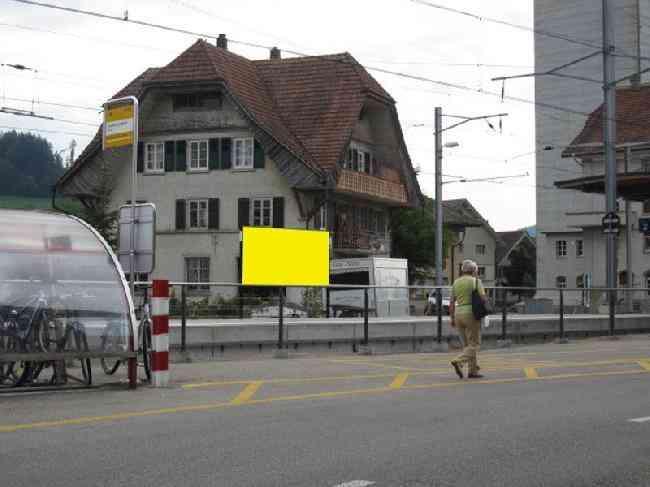 415 Strasse Gleis 1 Bahnhof